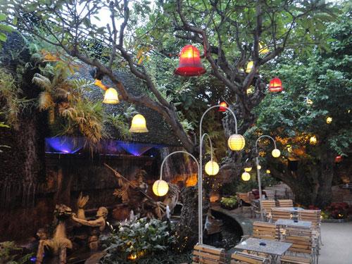 The Myth Cafe Điện Biên Phủ. Ảnh 7