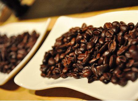 Những điều ít được biết về cà phê và trà