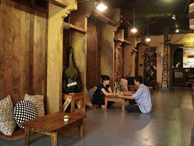 Quán Cafe Sleepy Town: Phố cũ trên căn gác xép