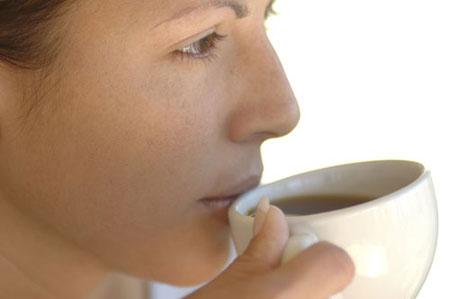 Phái đẹp nên uống cà phê khi làm việc