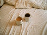 Cà phê 'phê' hơn chuyện ấy