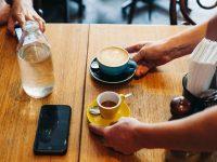 Nghiên cứu: Cà phê giúp bảo vệ gan khỏi tác hại của bia rượu